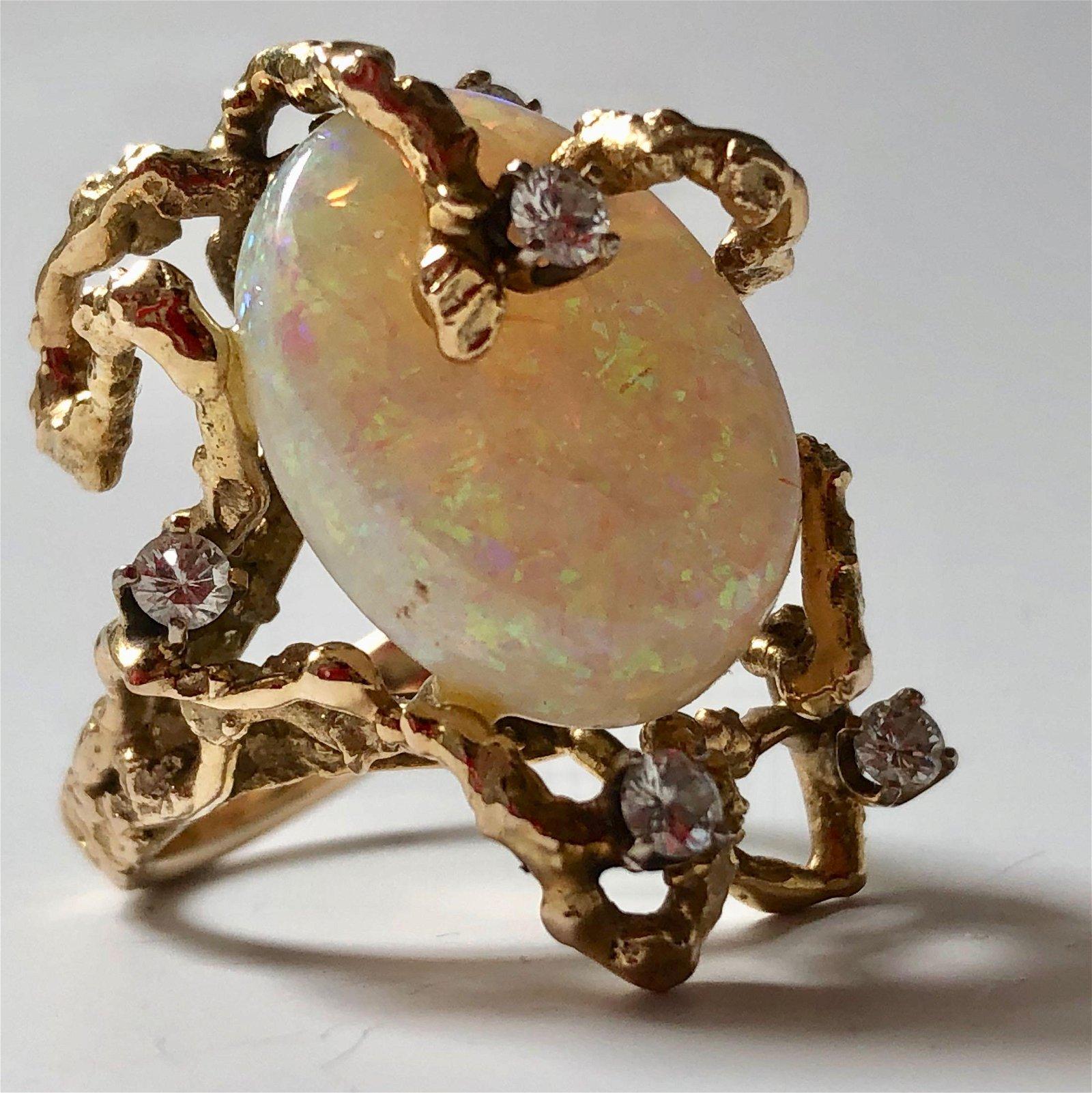 UNUSUAL 14K GOLD DIAMOND OPAL RING