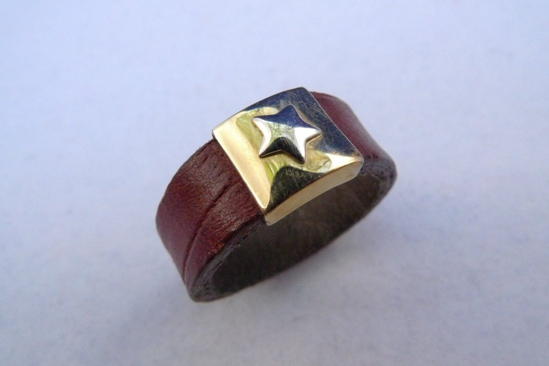 14K Yellow Gold Star Leather Ring