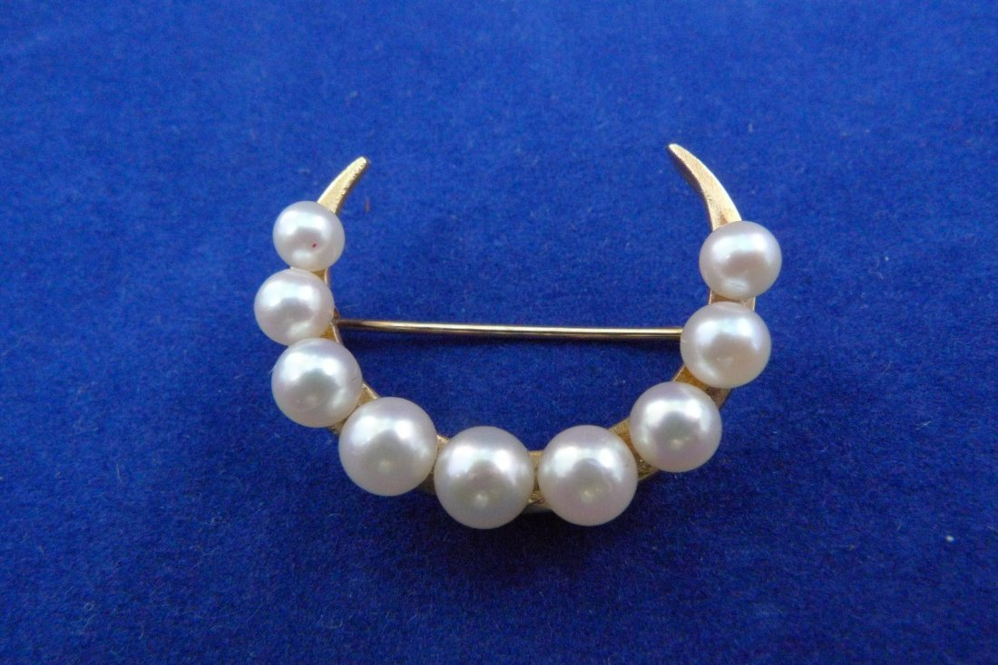 14K Yellow Gold Pearl Crescent Pin 3.2g