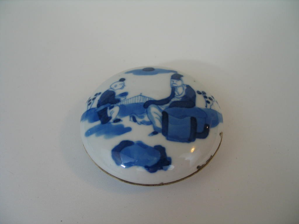 Antique Chinese Blue and White Porcelain Box, Kangxi