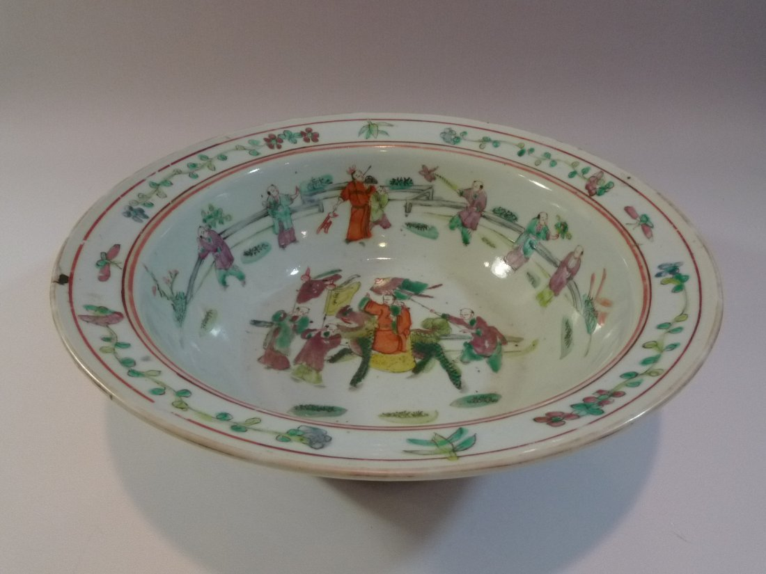 CHINESE ANTIQUE FAMILLE ROSE PORCELAIN BOWL QING