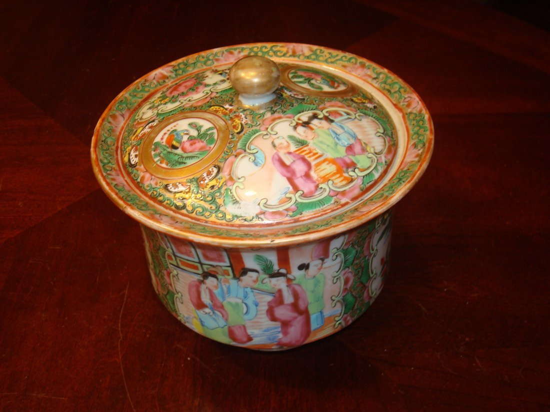ANTIQUE Chinese Rose Medallioin Cylinder Covered Bowl,
