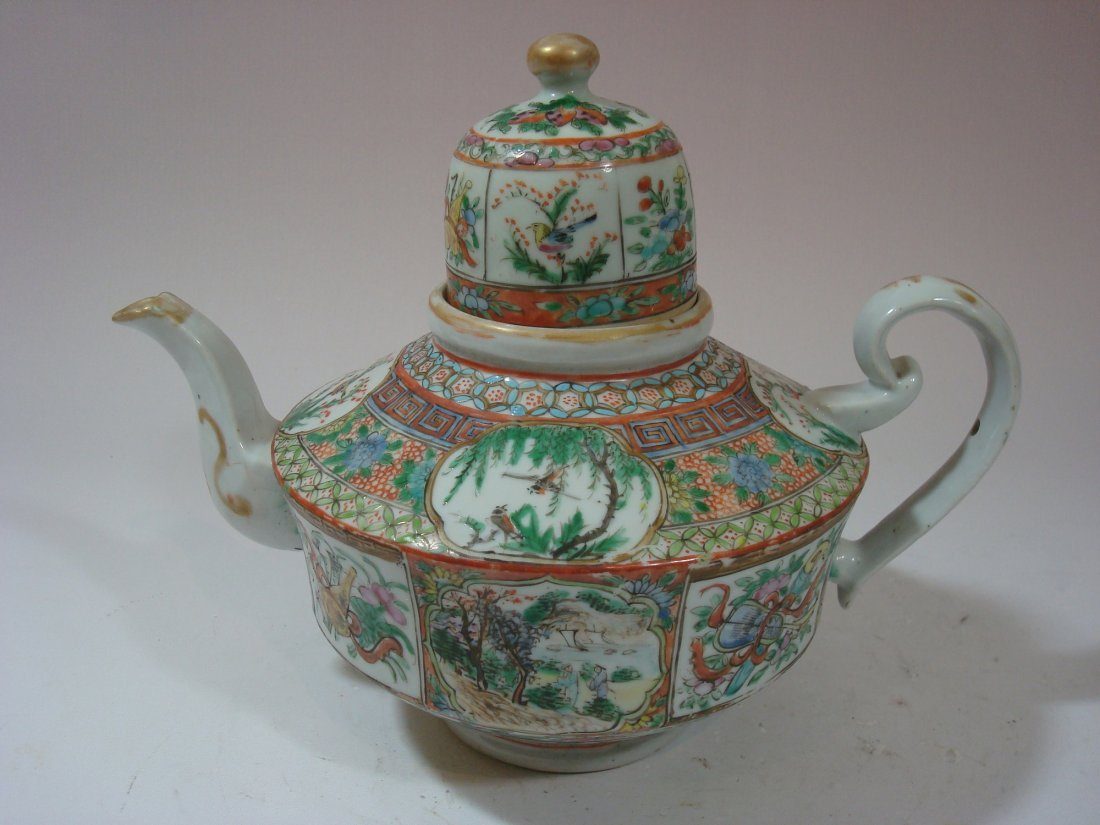 ANTIQUE Chinese Famille Rose Large Teapot,  early 19th
