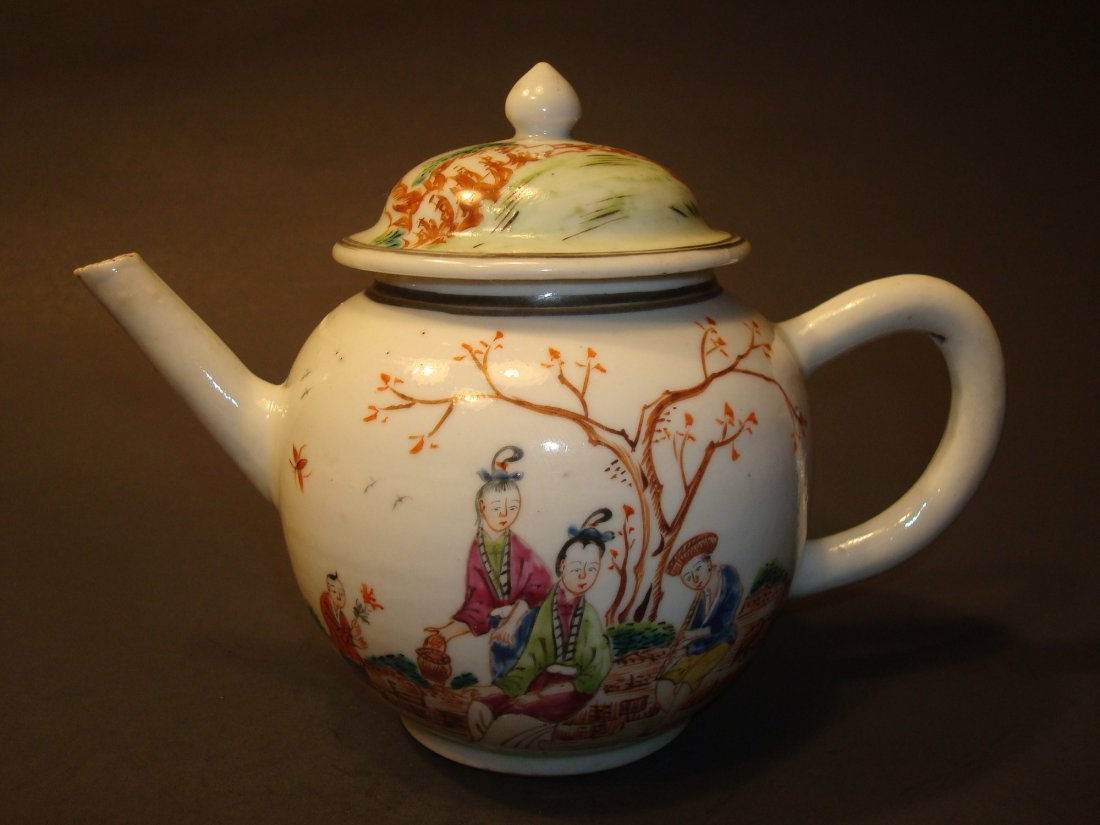 ANTIQUE Chinese Famille Rose Teapot, 18th C. Qianlong