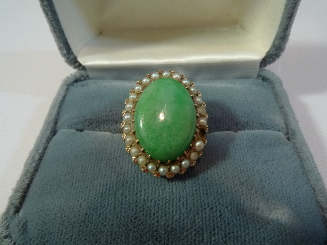 14K GOLD CHINESE JADEITE AND PEARL RING 5 GRAM