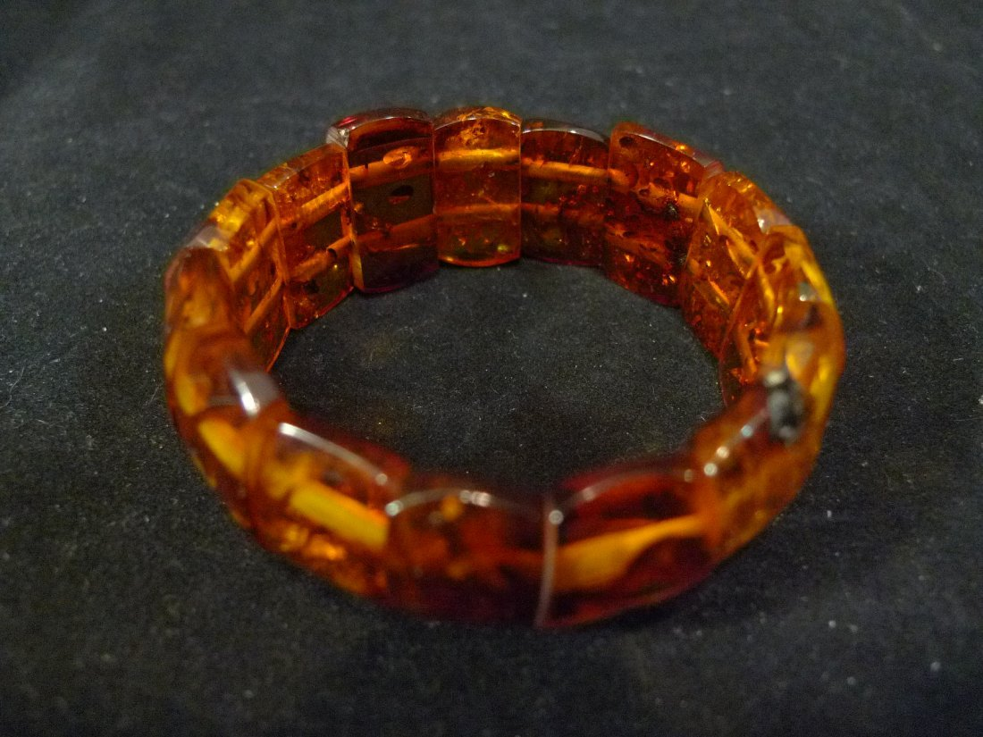 LARGE ALL NATURAL CHINESE AMBER BRACELET