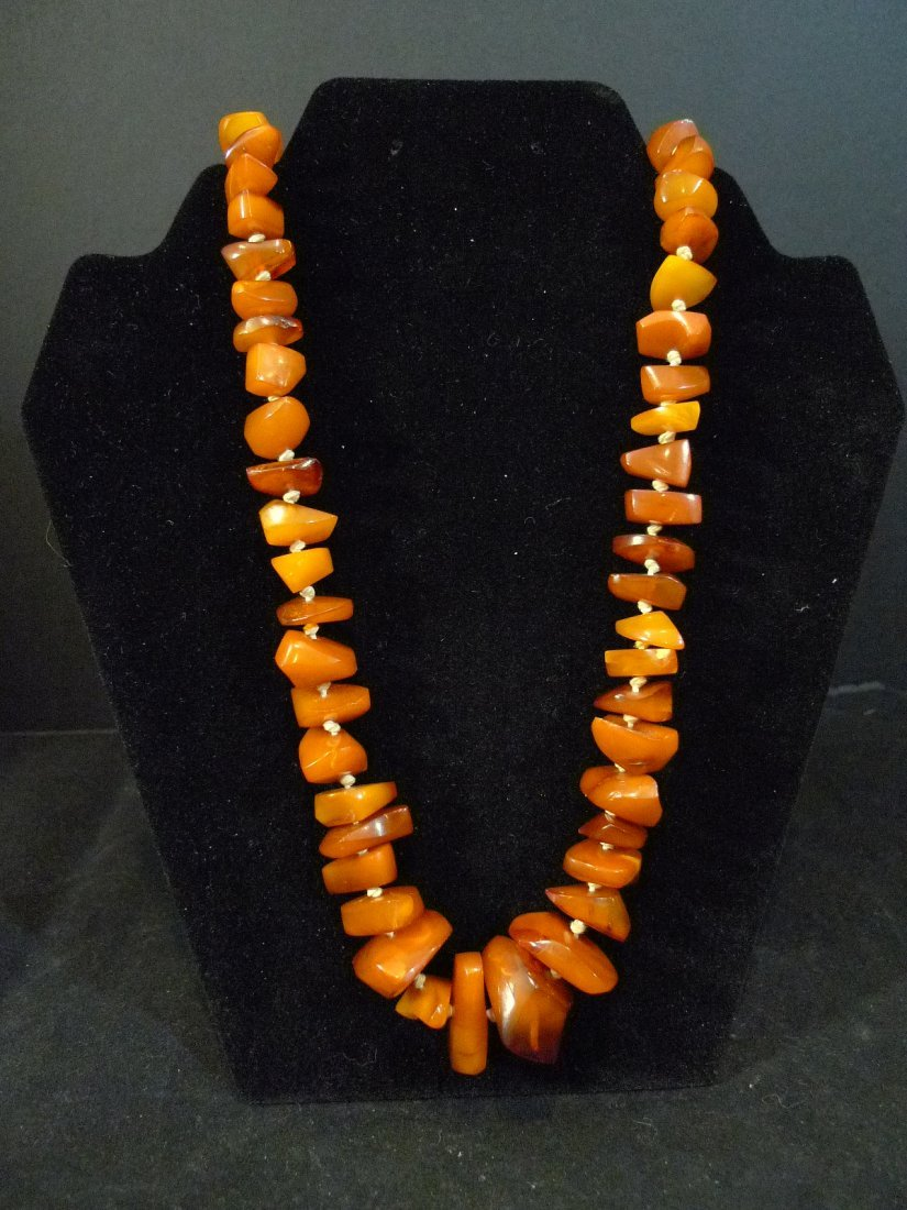 VERY LARGE ALL NATURAL CHINESE AMBER MILA NECKLACE