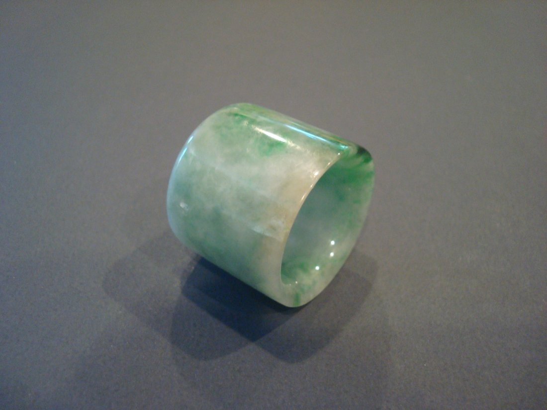 OLD Chinese Green Jade (Fei Cui) Thumb Ring