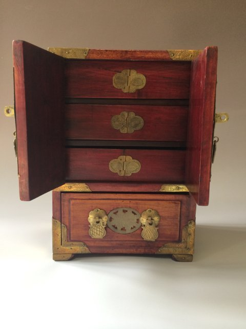 ANTIQUE CHINESE JEWELRY BOX - 2