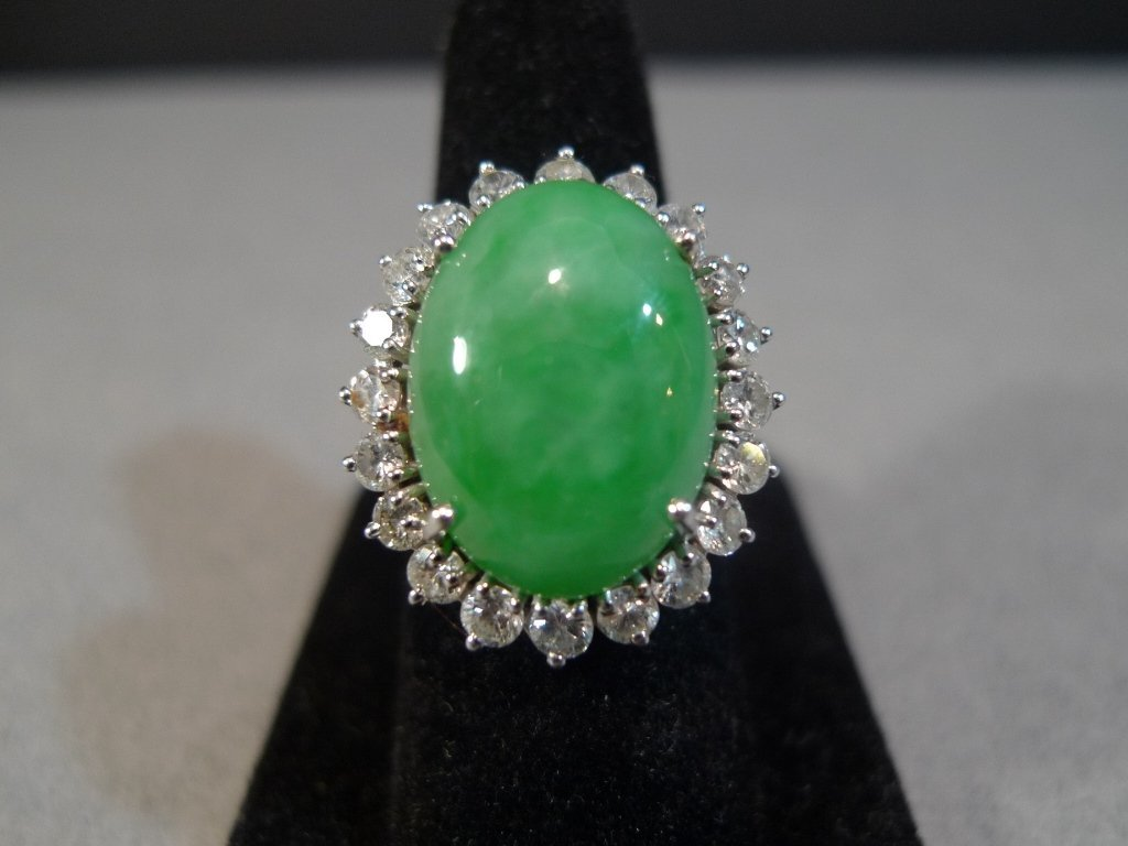 APPLE GREEN CHINESE JADEITE DIAMONDS 14K GOLD RING