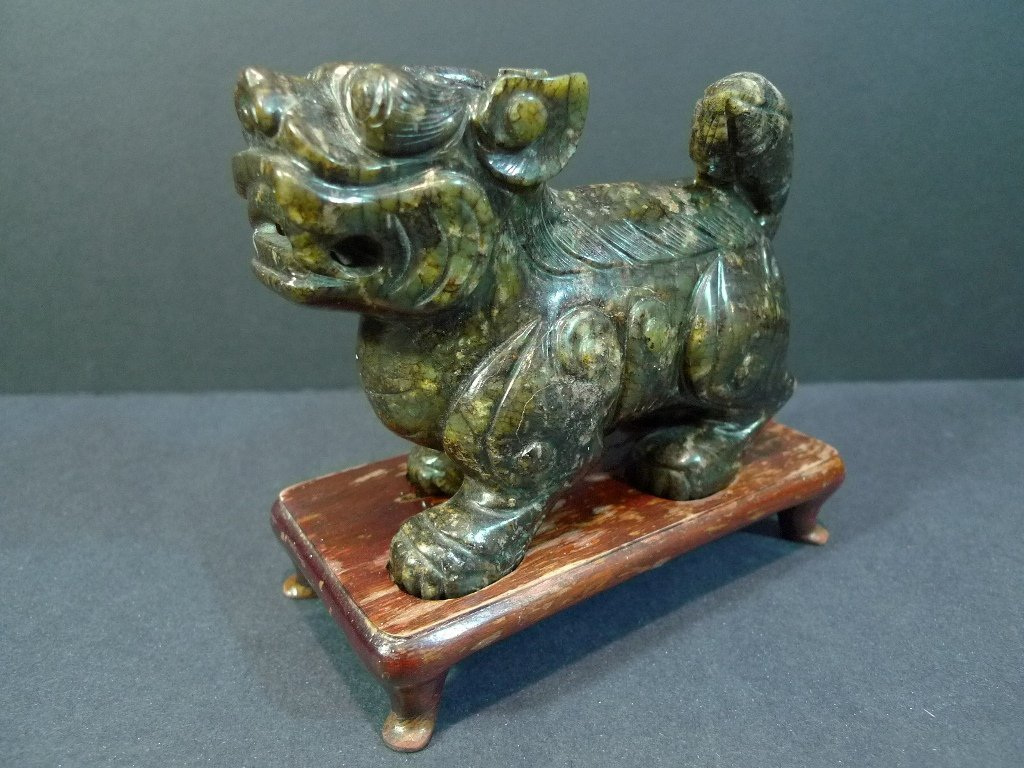 ANTIQUE CHINESE CARVED JADE FOO LION REPUBLIC PERIOD