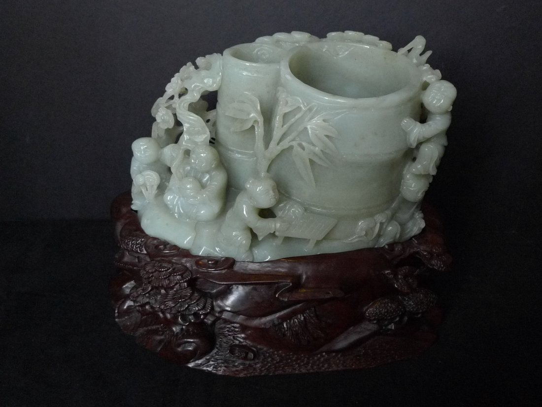 CHINESE ANTIQUE HETIAN JADE CARVED BRUSH POT BITONG 19C