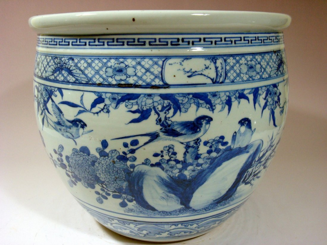 Antique Chinese Blue and White Jardiniere Fish Bowl,