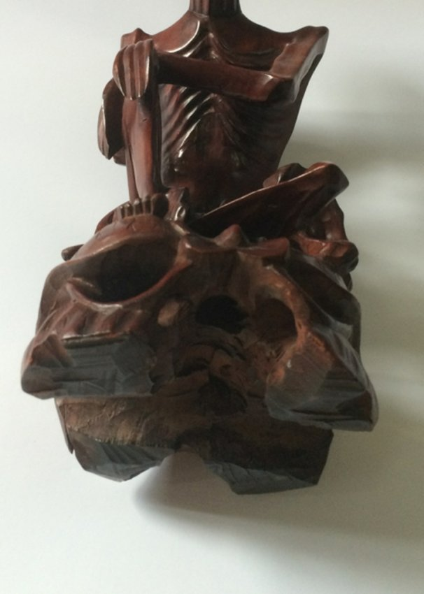 Antique chinese boxwood carved figure of dharma master