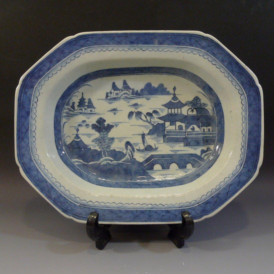 LARGE ANTIQUE CHINESE BLUE WHITE PORCELAIN PLATTER -