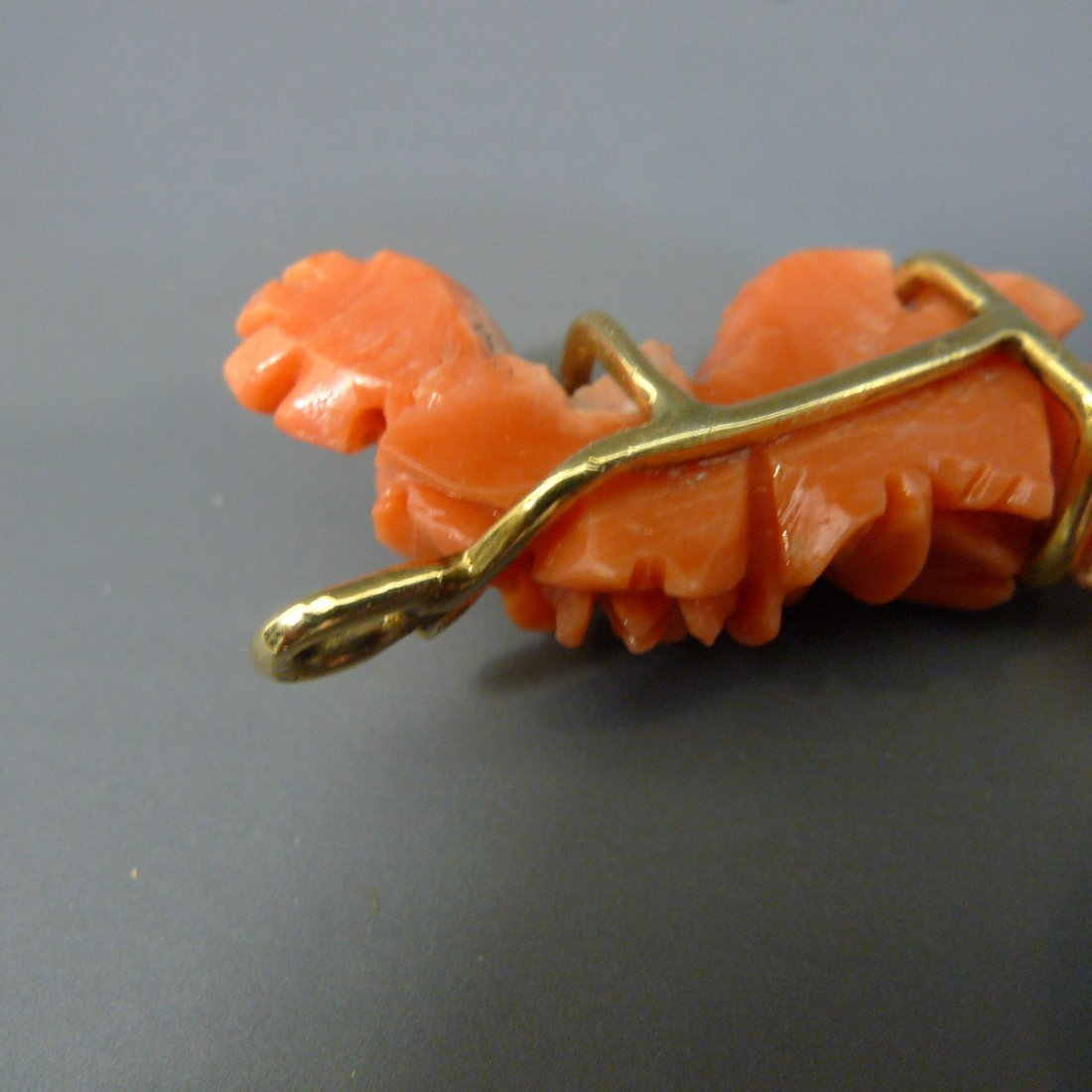 14K SOLID GOLD CARVED NATURAL RED CORAL ROSES PENDANT - 5