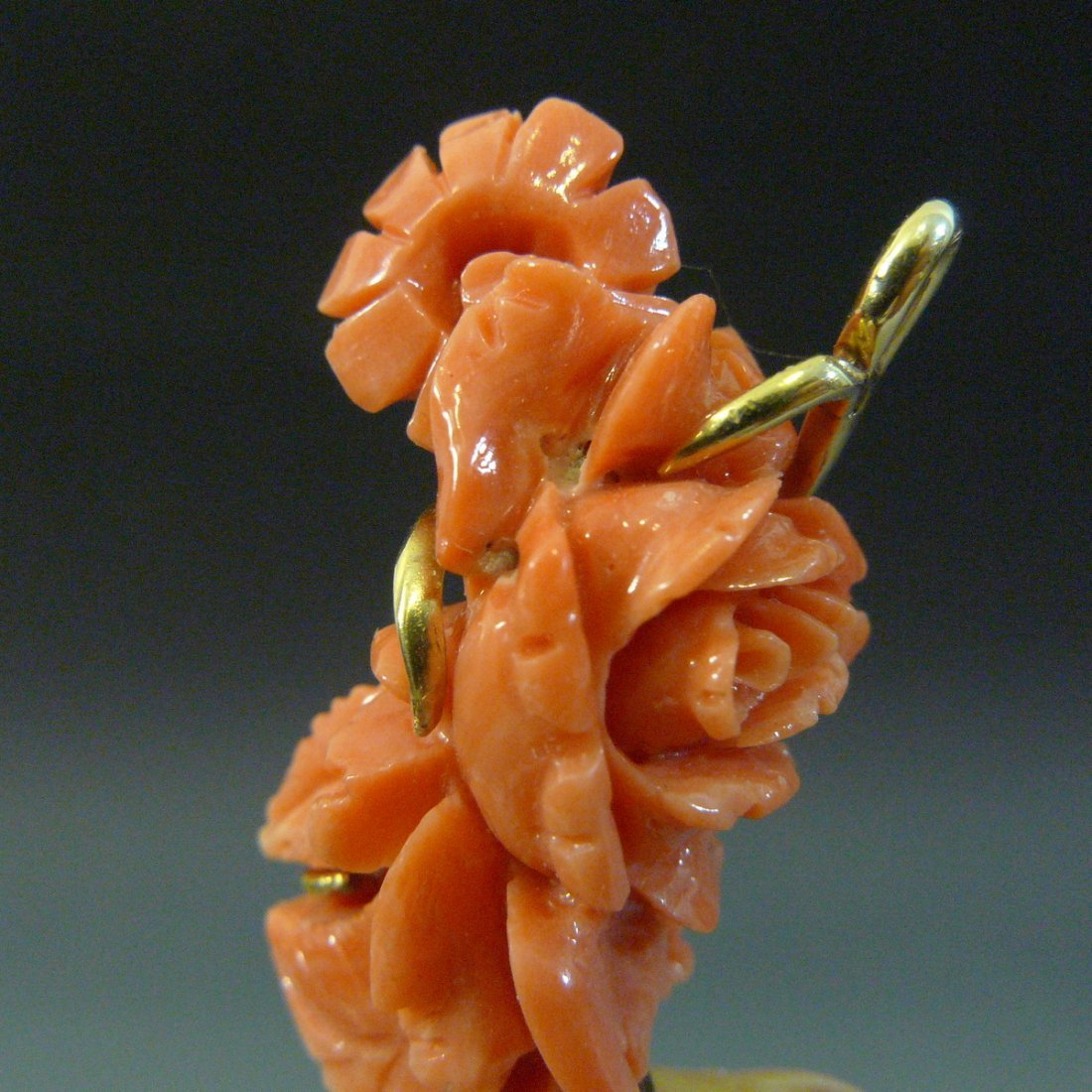 14K SOLID GOLD CARVED NATURAL RED CORAL ROSES PENDANT - 7