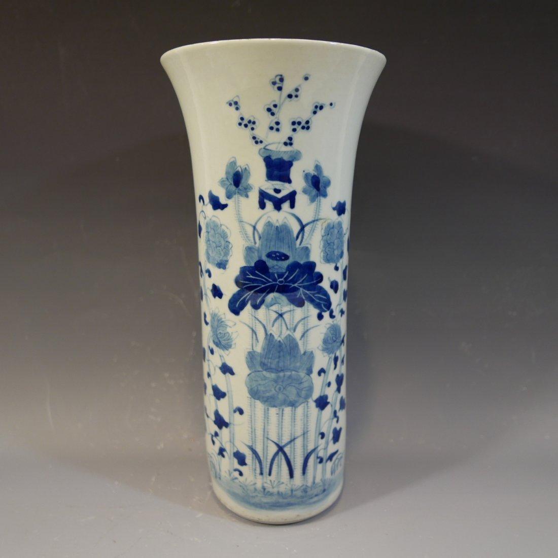 ANTIQUE CHINESE BLUE WHITE PORCELAIN BEAKER VASE - 2