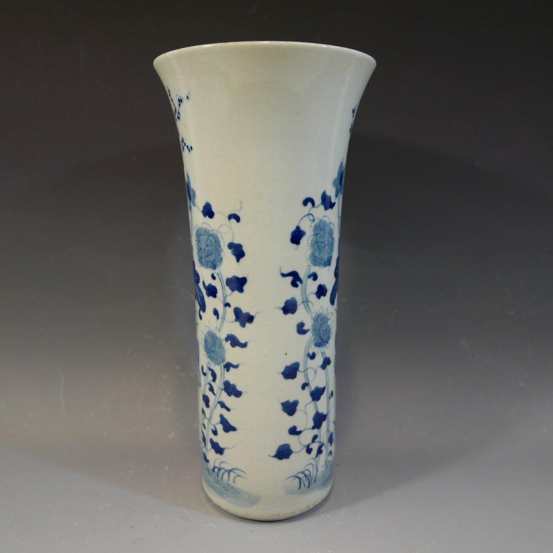 ANTIQUE CHINESE BLUE WHITE PORCELAIN BEAKER VASE - 3