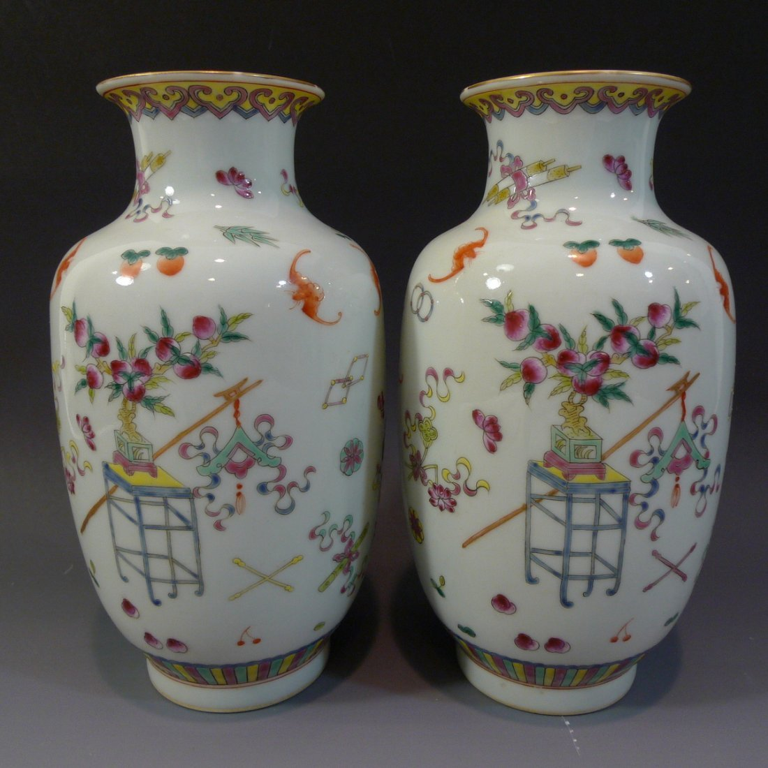 PAIR ANTIQUE CHINESE FAMILLE ROSE PORCELAIN VASE - 3