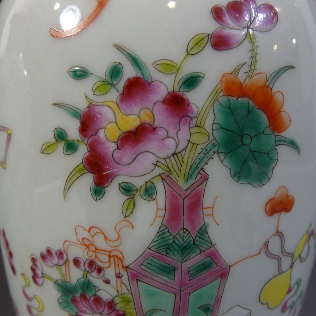PAIR ANTIQUE CHINESE FAMILLE ROSE PORCELAIN VASE - 9