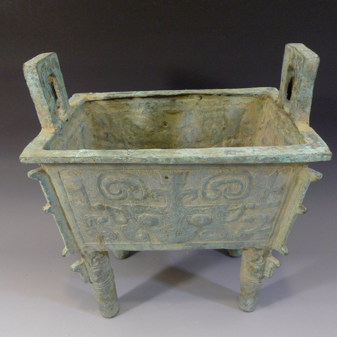 CHINESE ARCHAISTIC BRONZE DING SHANG STYLE - 2