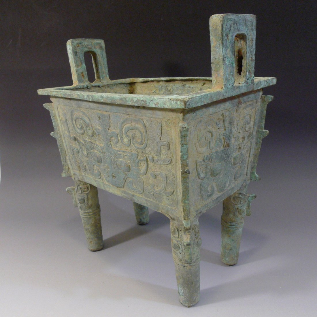 CHINESE ARCHAISTIC BRONZE DING SHANG STYLE - 5