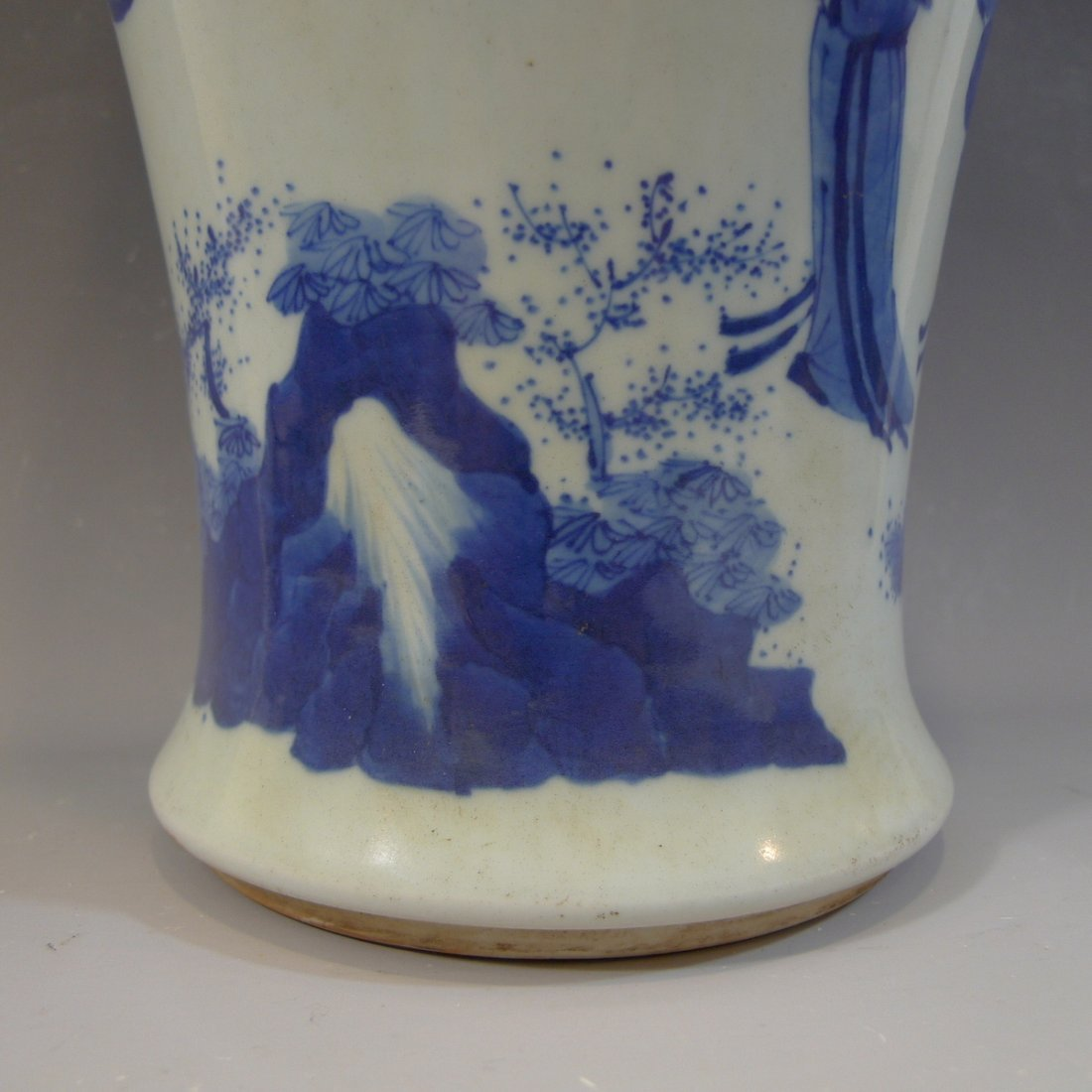 ANTIQUE CHINESE BLUE WHITE PORCELAIN VASE - KANGXI MARK - 6