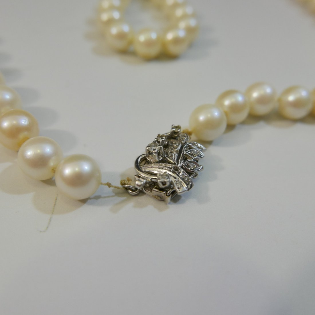 ELEGANT NATURAL PEARL NECKLACE WITH 14K WHITE GOLD - 3