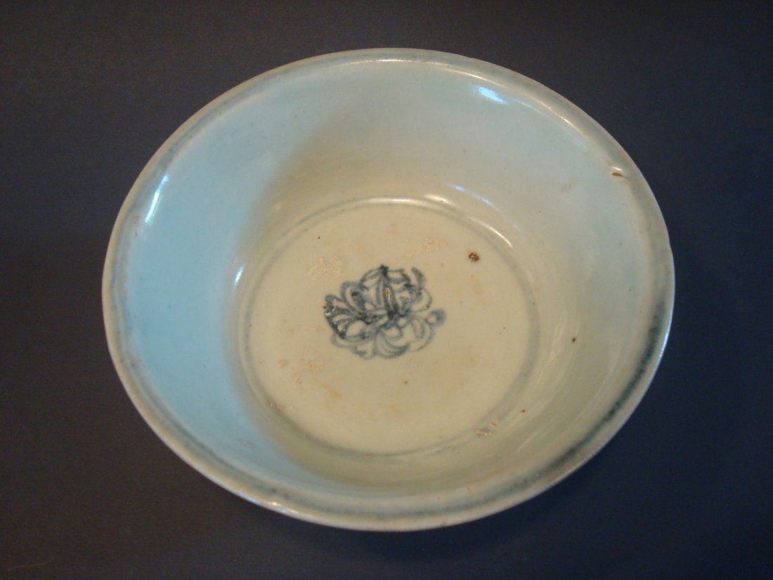 ANTIQUE Chinese Blue and White Bowl, Ming - 3