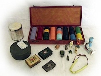 Miscellaneous collectors items, including a cased set o