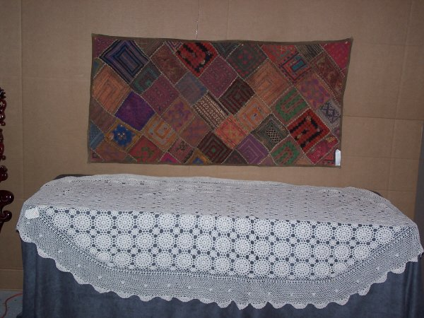 611: String Table Cloth and Quilted Runner