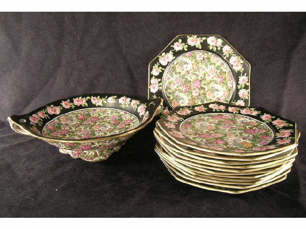 1022: Crown Ducal Chintz Roseland Luncheon Set