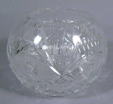 622: Large Cut Glass Rose Bowl