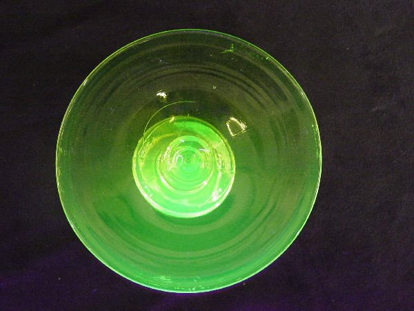 1210: Vaseline Glass Candle Holder Cambridge - 4