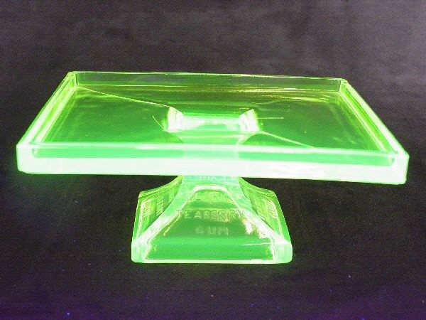 1213: Gum Rest Vaseline Glass Clarks Teaberry Gum