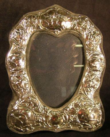 809: Sterling Silver Photo Frame Heart Shape