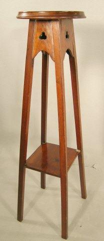 819: Art Nouveau Pedestal