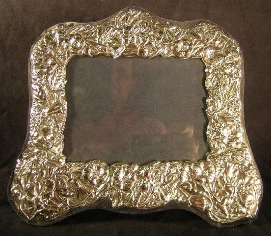 809B: Sterling Silver Photo Frame Floral English