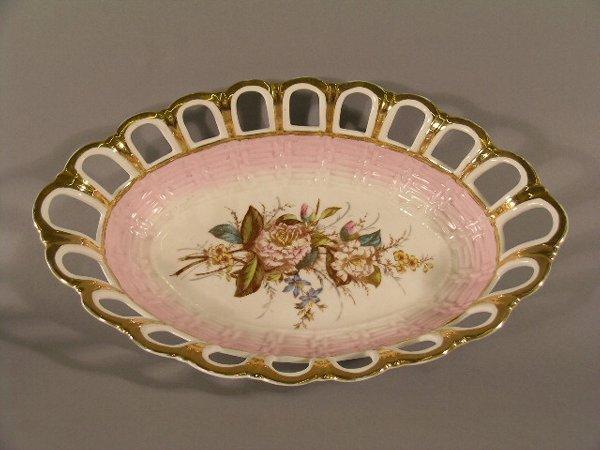 1006: Victorian Porcelain Basket