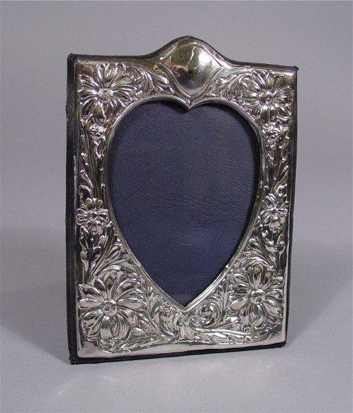 1019: Sterling Photo Frame Heart Shape