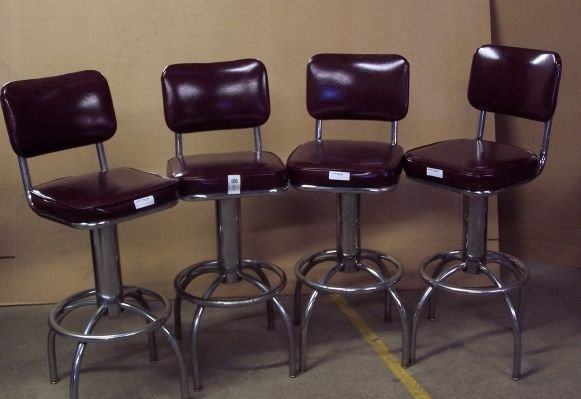 96: DIXIE CHICKEN CHROME AND LEATHER BAR STOOLS