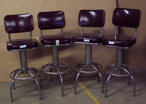 97: DIXIE CHICKEN CHROME AND LEATHER BAR STOOLS