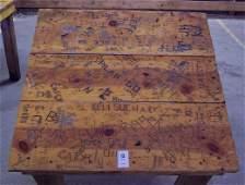 113: DIXIE CHICKEN CLASSIC DOMINO TABLE