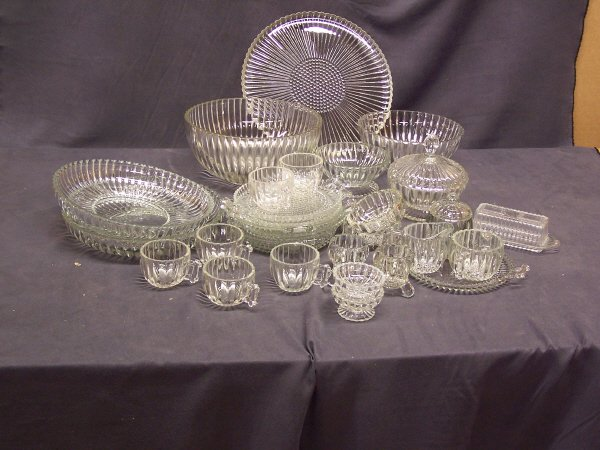 1086: 33 Piece Set of Depression Glass Dishware