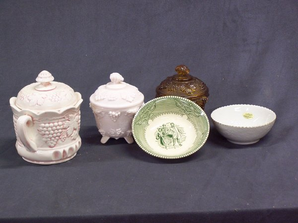 1093: Candy Dishes and Porcelain Bowls Lot