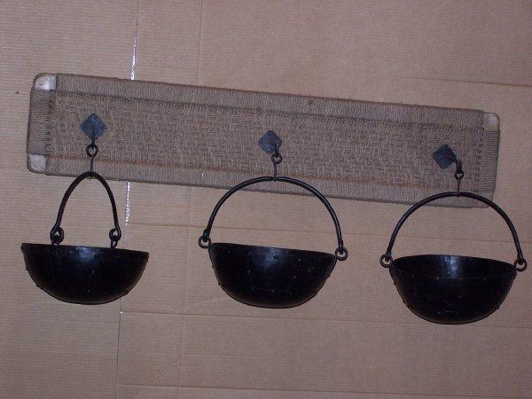 106: 3 Metal Hanging Pots