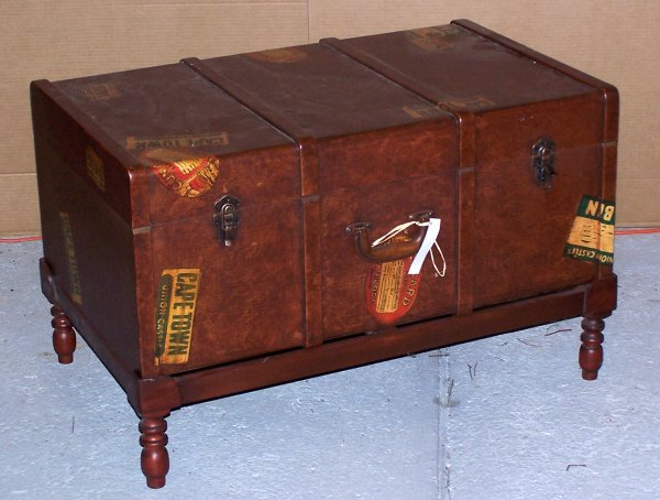 120: Trunk on Stand or Coffee Table