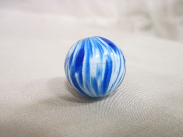 """Onionskin, blue and white, 11/16"""" in size"""