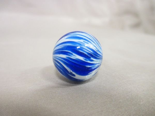 """Onionskin, blue and white, 11/16"""" in size - 2"""